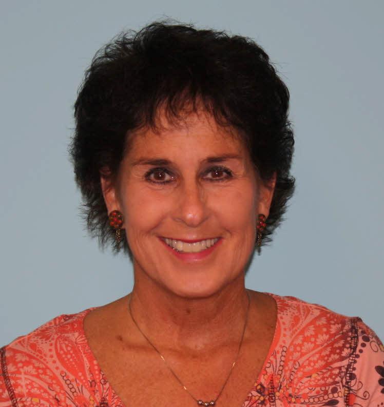 Lisa Bartoszek (2)